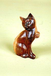 Мини-скульптура `Кошка-милашка`.